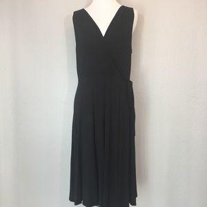 Acemi v-neck black dress size large